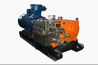 W型喷雾乳化液泵站